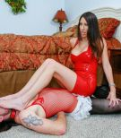 Leggy tattooed brunette wife Dava Foxx having sissy boy lick barefeet in latex dress