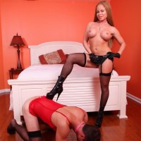 Big-titted stocking and high heel garbed wife Nikki Delano face screwing sissy before pegging