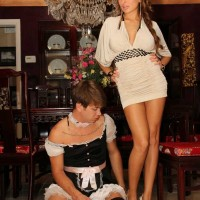 Pictires of Domme Alison Star & a Cuckold
