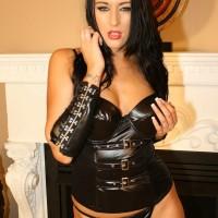 Club Dom Mistress Ashley