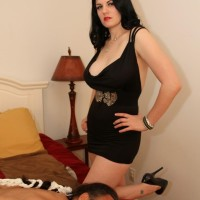 Dark-haired gf Shae Fatale hog ties her man before stripping to lingerie and high-heeled shoes