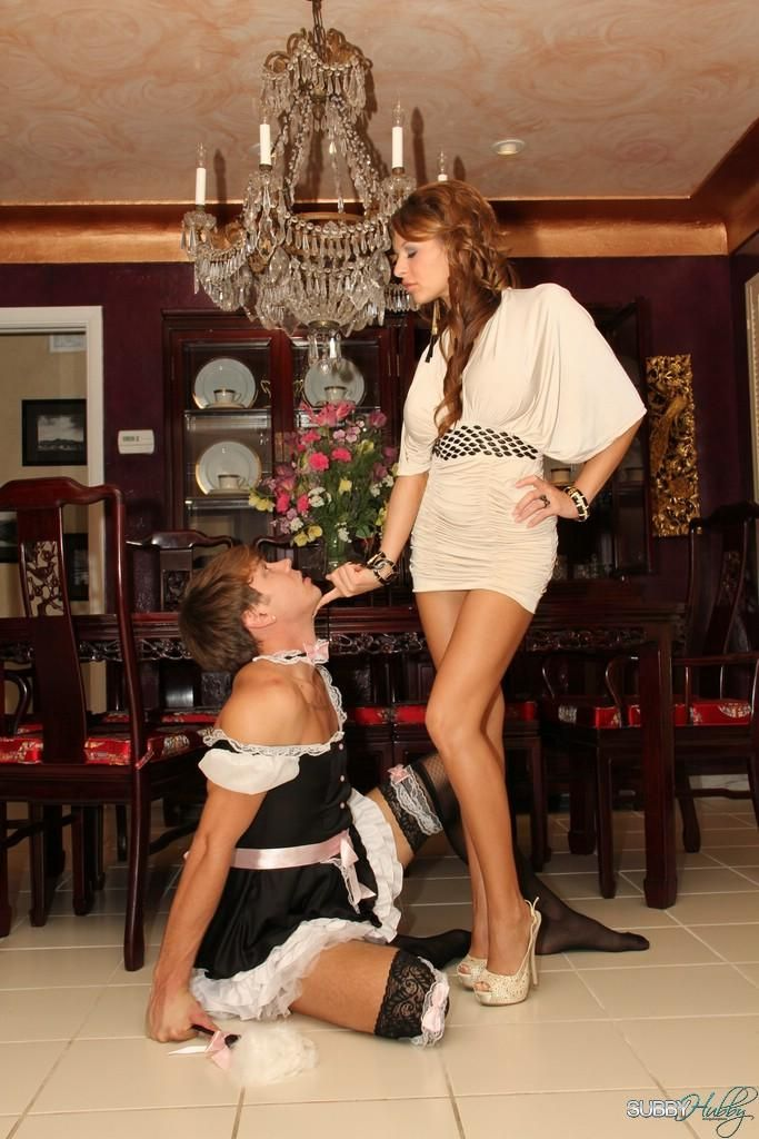 Hot wife Alison Star butt fucks her sissy maid with a strapon dick